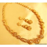 Gold Look Fine Beads Necklace Set