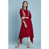 Maroon Asymmetric Rayon Kurti With Printed Chanderi Patch Jacket Look