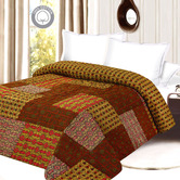 Soothing & Comfortable Multicolor Printed Double Bed Quilt