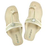 Ekolhapuri Beautiful Looking Golden Braids Ladies Chappal