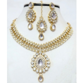 Craftsvilla Designer Antique Gold Plated Kundan Diamonds Necklace Earring Tika Jewellery Set