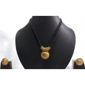 Black Thread Manglasutra Necklace Set