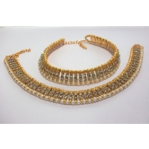 Craftsvilla  Pearl And Golden Ball White Stone Anklet