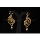 Vardhaman Goodwill Antic Black Colour Gold Plated Pair Of Earring