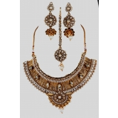 Indiantraditional Fashion Designer Polki Jewelry Beautiful Necklace Set With Maang Tikka And Earrings