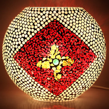 Earthenmetal Handcrafted Mosaic Decorated Red Coloured Circular Glass Table Lamp