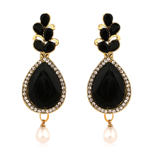 Inaya Best-selling High Gold Look Fashion Earring