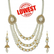 White-traditional-necklace-set