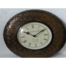 Handpainted Wooden Wall Clock Made By Artisians In Rajasthan . Aamc12-005 A Muhenera Initiative Promoting Indian Art.
