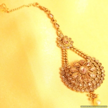 Elegant Gold Look Flower Maang Tikka