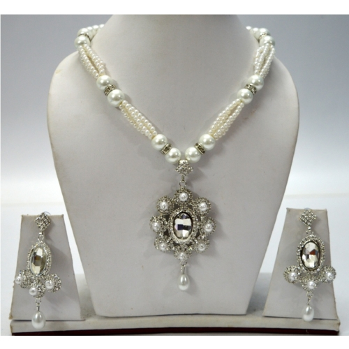 Indian Designer Western Style Necklace With Earring