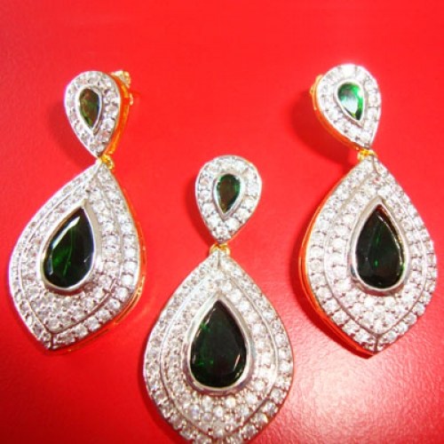 Green & White American Diamond  Earring And Pendent Set