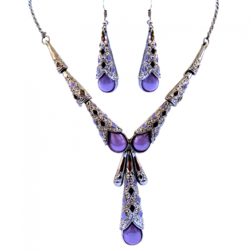 Purple And White Stones Party Necklace Set