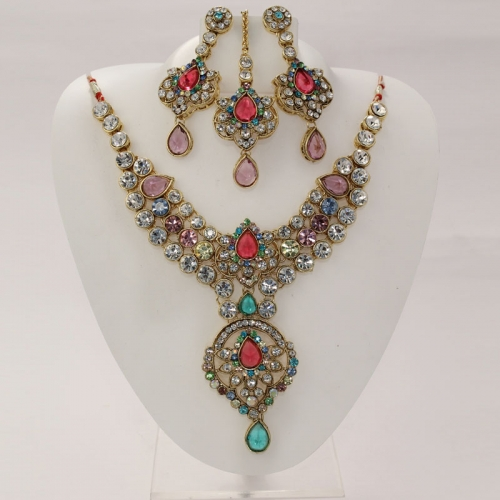 Multi Colour Stone Neckless With Pendant, Earring & Mangtika