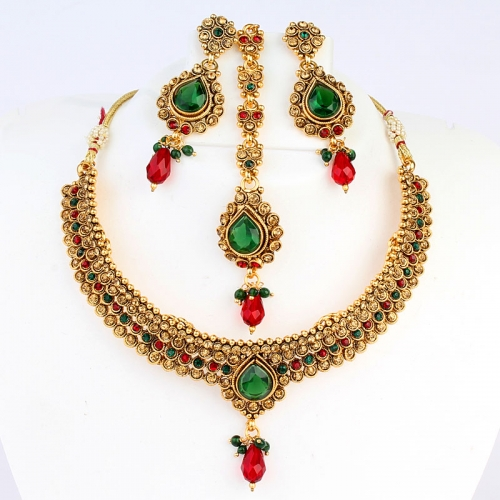 Red And Green Necklace Set