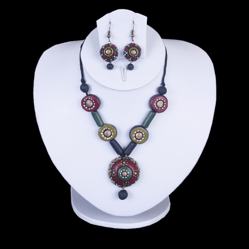 Red & Green Terracotta Necklace Set