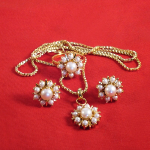Pearls In Goldplated Necklace Earrings And Ring