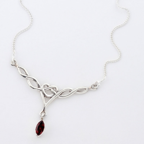 Glittering Handcrafted Silver Necklace With Faceted Garnet