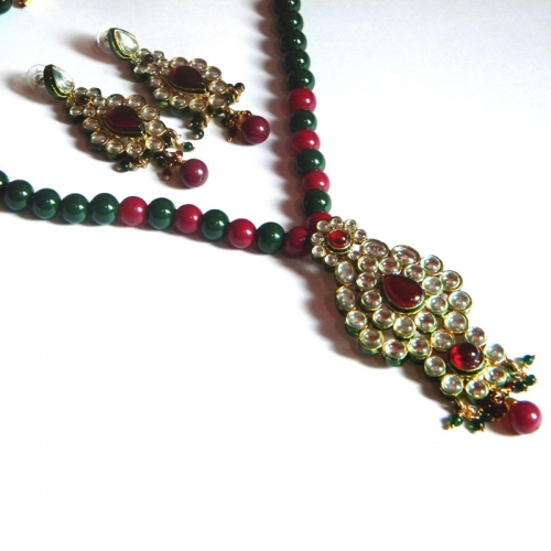 Red & Green Bead Necklace Set