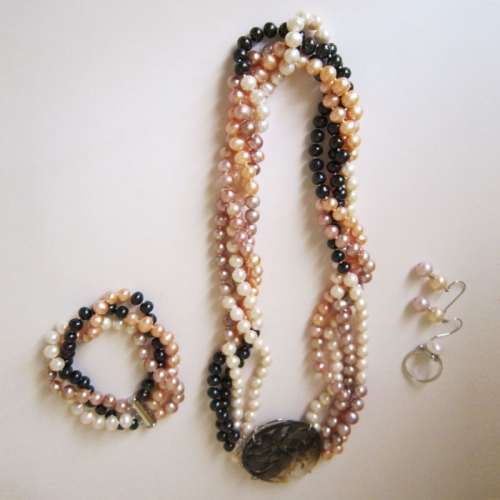 Chunky Pearl Necklace Set - Lavis Jewels
