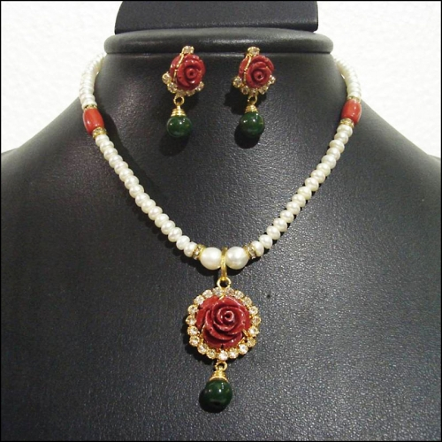 Rich Coral Flower Pearl Necklace Set - Shiva