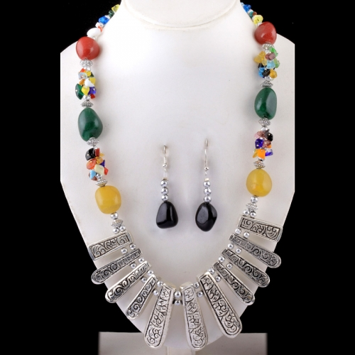 Red, Green & Yellow Necklace Set