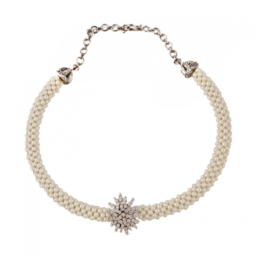 Styleos Princess Pearl Necklace