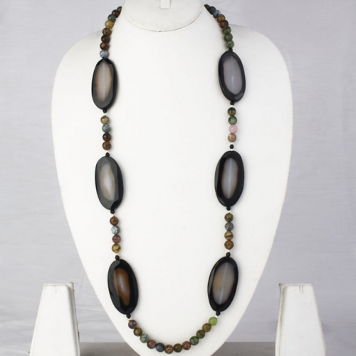 Fashionable Long Stone Necklace