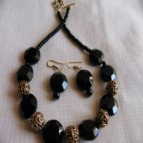 Black Octagonal Necklace