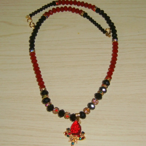 Black And Maroon Necklace -1