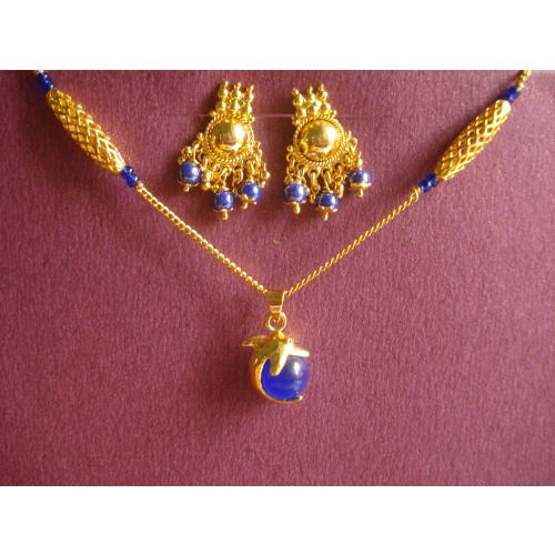 Blue Baby Dolphin – Necklace Set