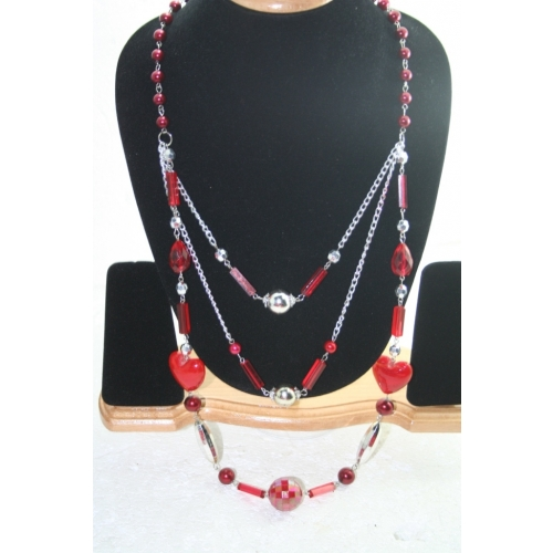 Delicate Nice Long Neck Piece In Red Color