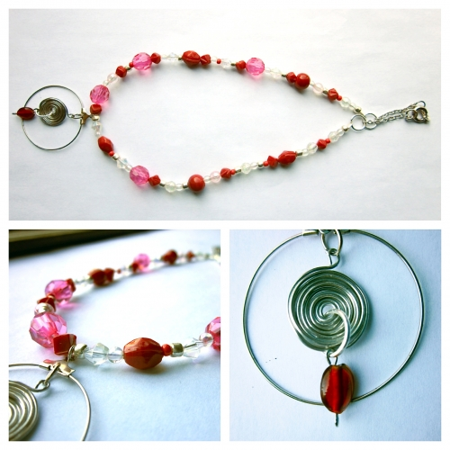 Glass Beads Necklace With Wire Wrapped Pendant