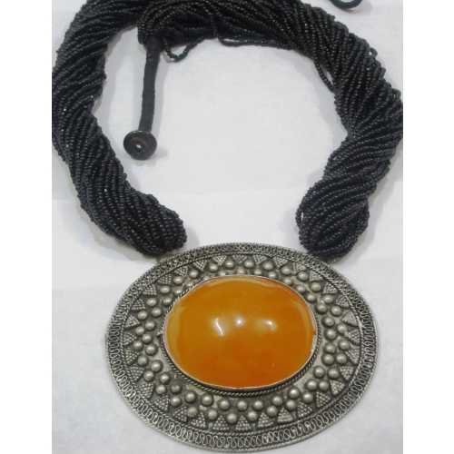 Big Orange Pendent Necklace - Elegant Elements
