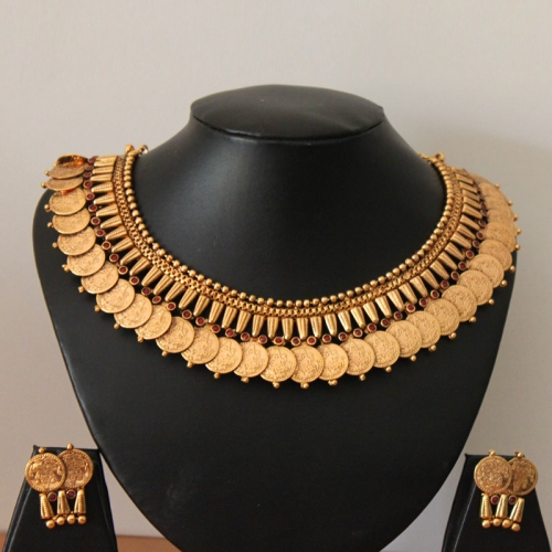 Aaradhya (ruby)necklace
