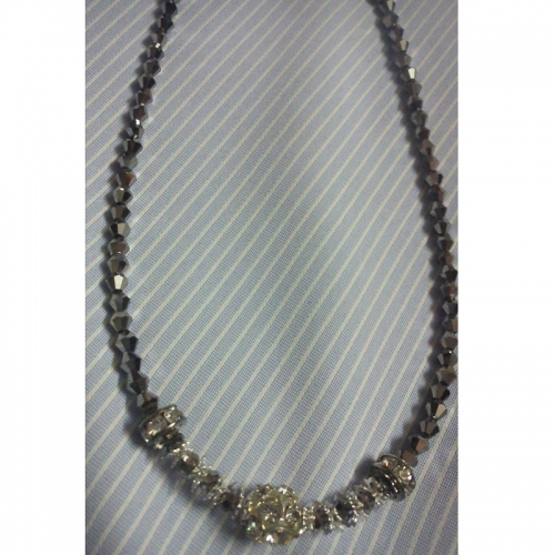 Crystal With Stones Necklace - Cute Pearls