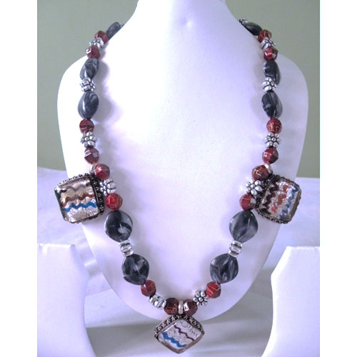 Stylish Tribal Necklace With Glass Pendants